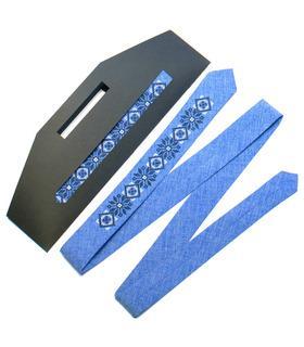 Вышитый узкий галстук 734