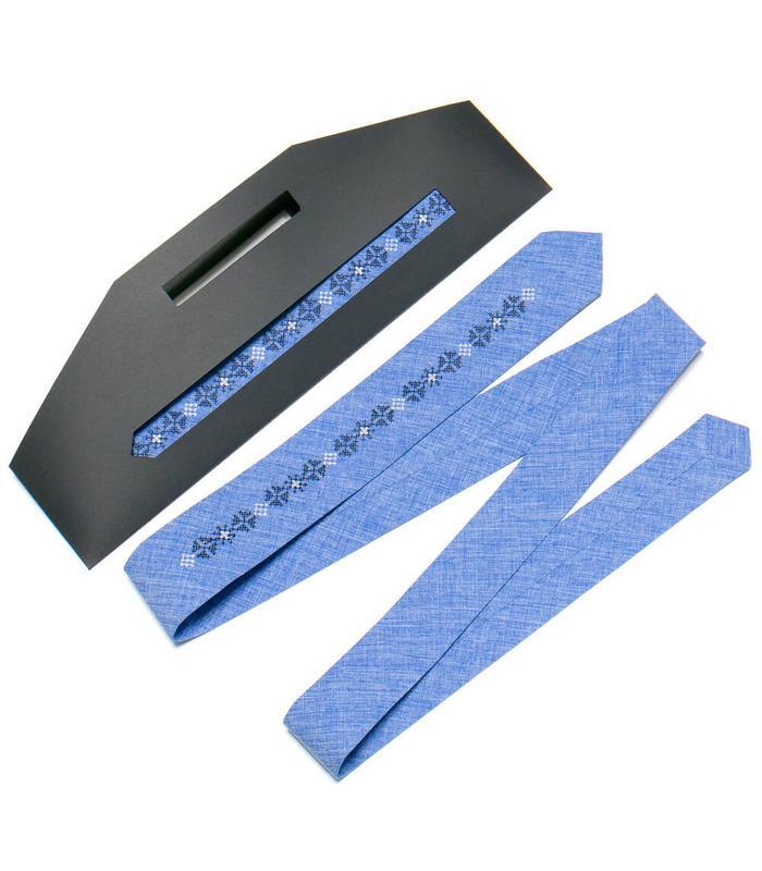 Вышитый узкий галстук (760-764)