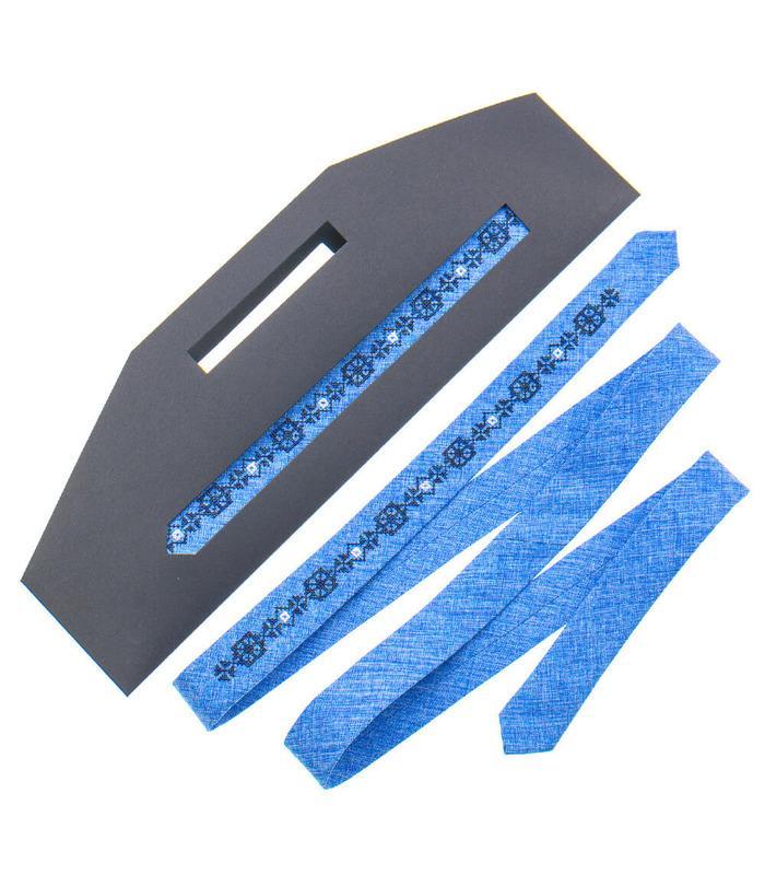 Вышитый тонкий галстук 831