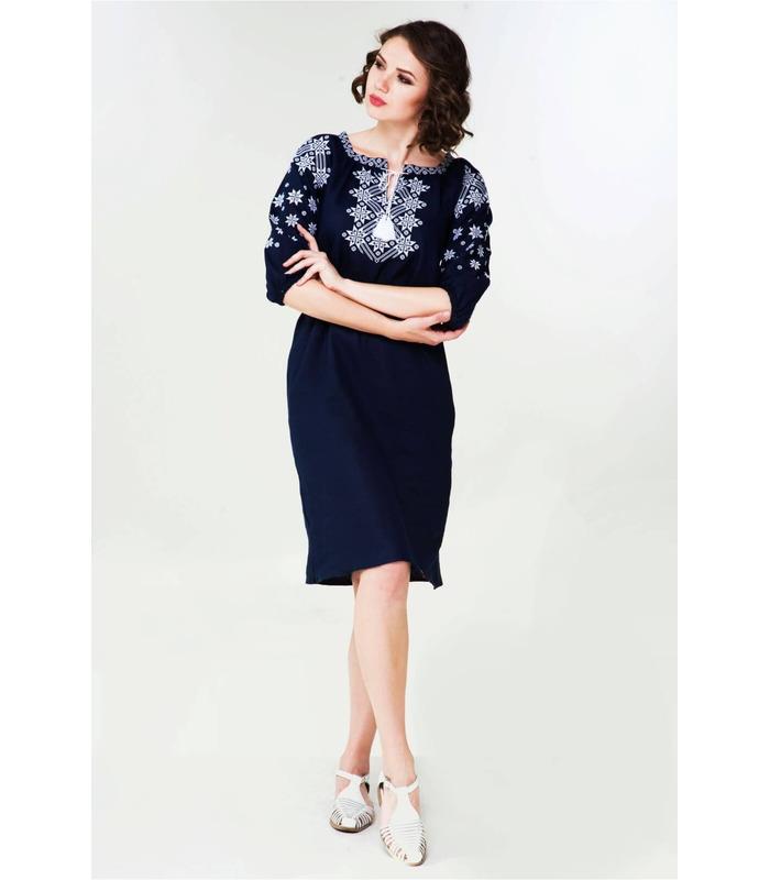 Вишитое льняное платье мод.019