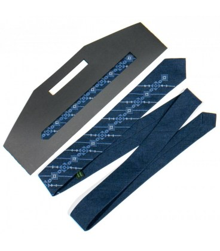 Краватка ᐉ Вишита краватка синього кольору 773, костюмна тканина ※ Україна