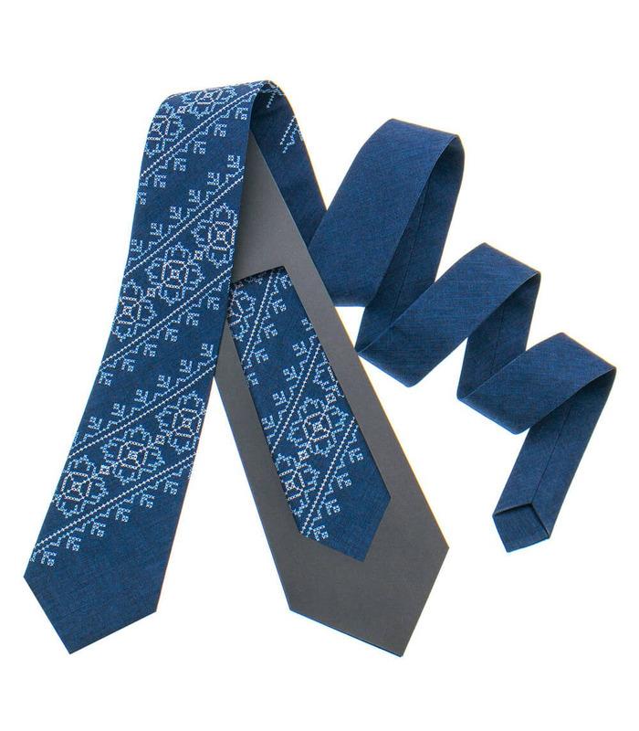 Краватка ᐉ Вишита краватка синього кольору 798, костюмна тканина ※ Україна