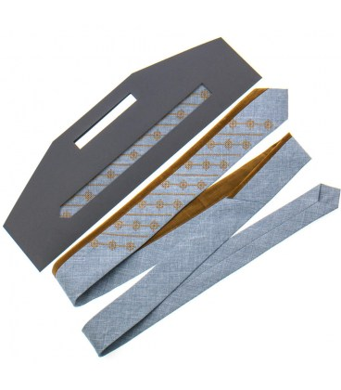 Краватка ᐉ Вишита краватка сірого кольору 818, костюмна тканина ※ Україна