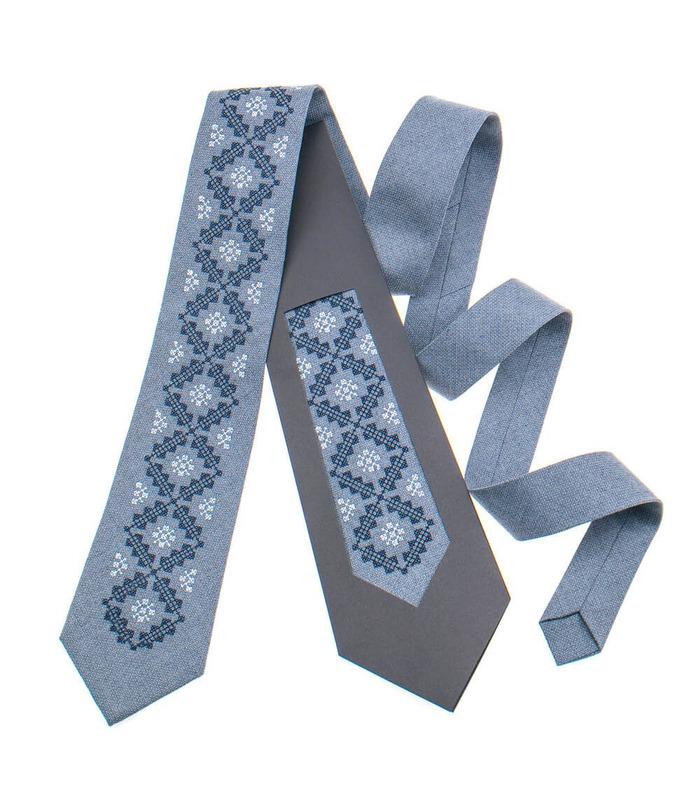 Краватка ᐉ Вишита краватка світло-сірого кольору 850, костюмна тканина ※ Україна