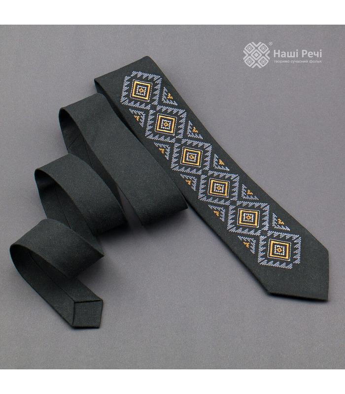 Галстук ᐉ Вышитый галстук черного цвета 926, натуральный лен ※ Украина