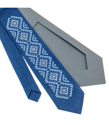 Галстук ᐉ Вышитый галстук синего цвета 929, натуральный лен ※ Украина