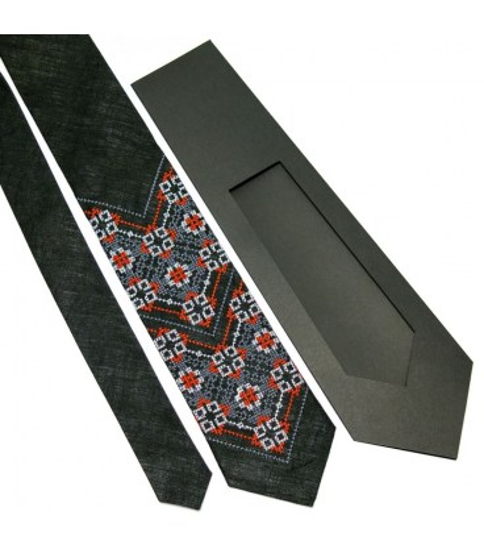 Галстук ᐉ Вышитый галстук черного цвета 679, натуральный лен ※ Украина