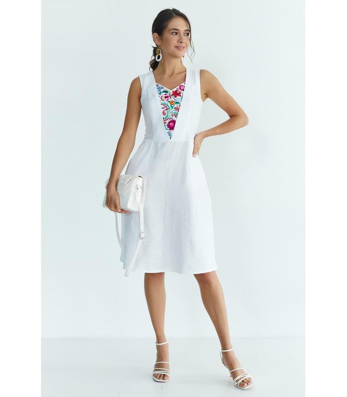 Вышитое платье мод.5033